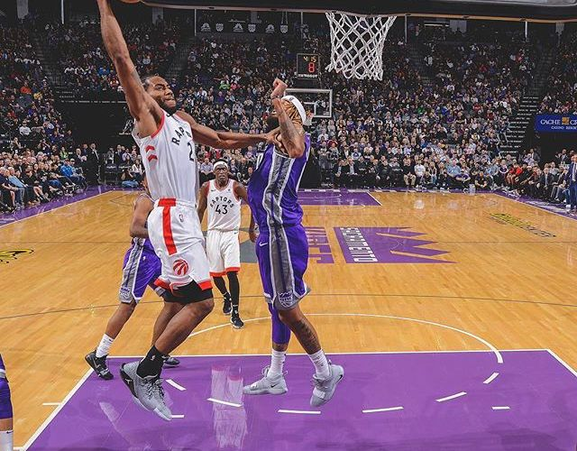 Raptors defeat Kings to claim NBA's best record