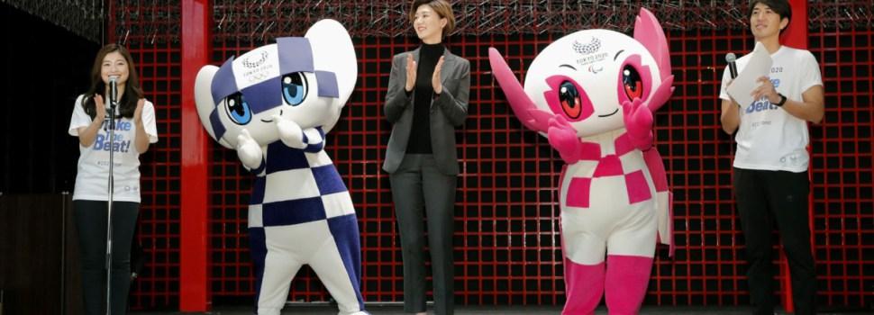 Tokyo Olympic mascots begin European tour