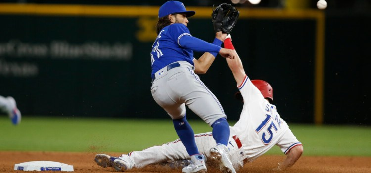 Blue Jays fall to Texas Rangers 7-4