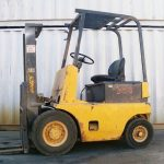 nyk-electric-forklift-handling-equipment-cyprus-10200-side