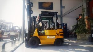 Forklifts in Nicosia