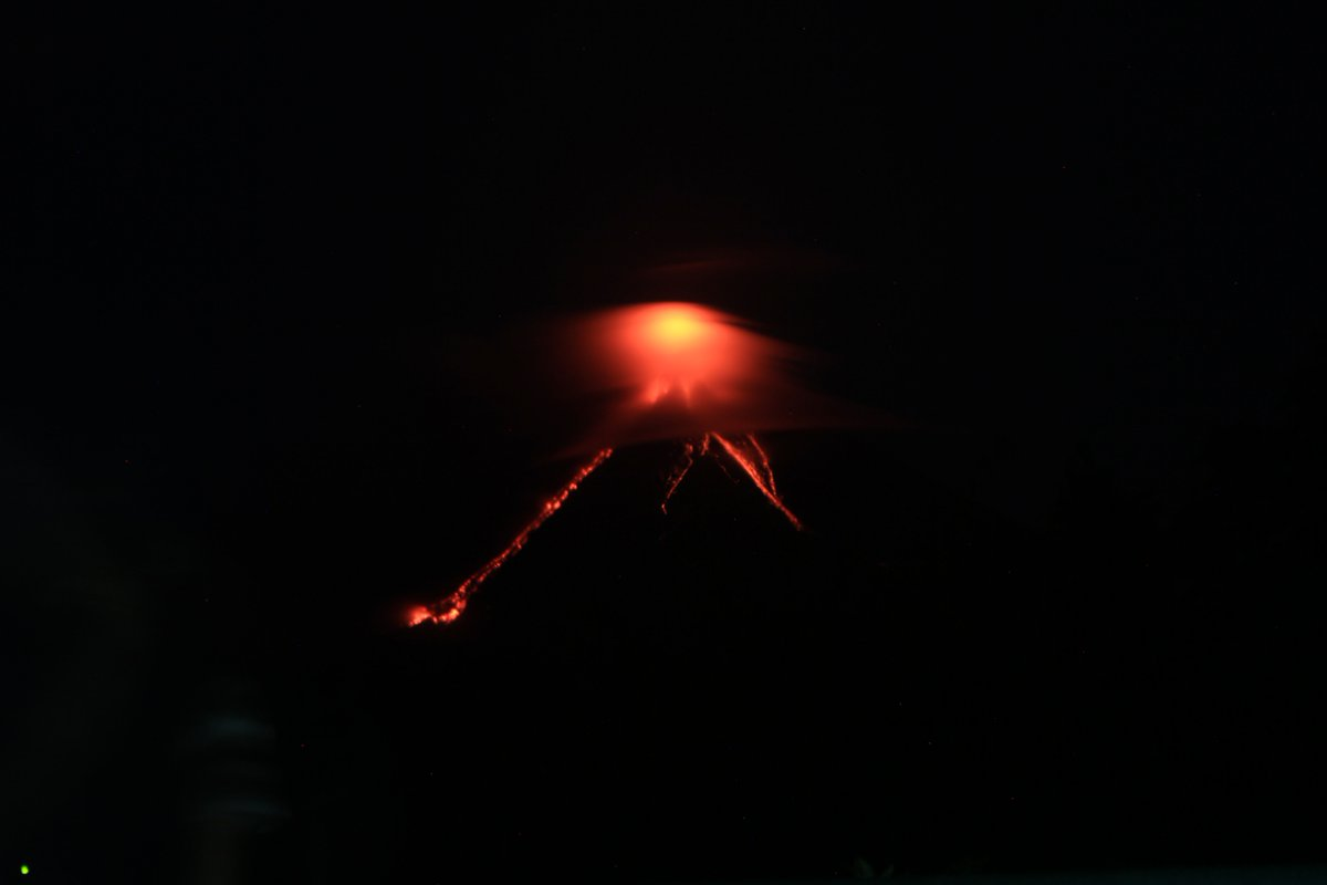 NEW INFO: Mayon Volcano in Albay Province, Philippines in Restive State