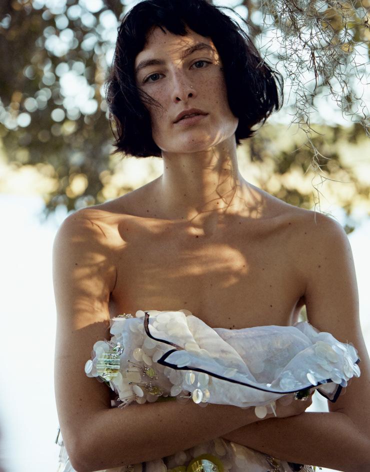 marland-backus-heather-kemsky-janiece-dilone-by-cass-bird-for-porter-magazine-spring-2016-13
