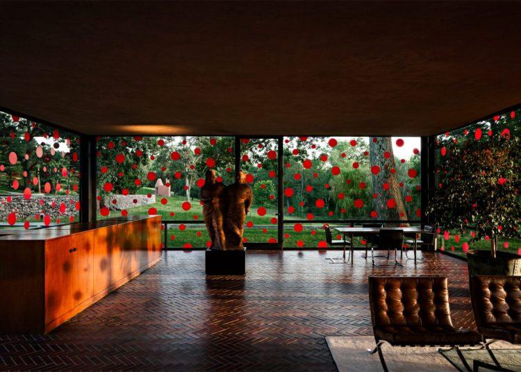 yayoi-kusama-dots-obsession-the-glass-house_dezeen_2364_ss_5-1024x732