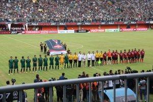 44. Yonif Mekanis 412 Kostrad Amankan Pembukaan Turnamen Sepak Bola Piala Presiden (1) (FILEminimizer)