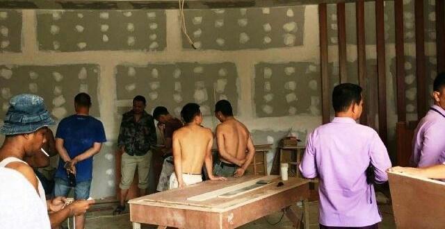 Belasan TKA ilegal Asal Tiongkok Kerja Jadi Tukang Bangunan di Bintan