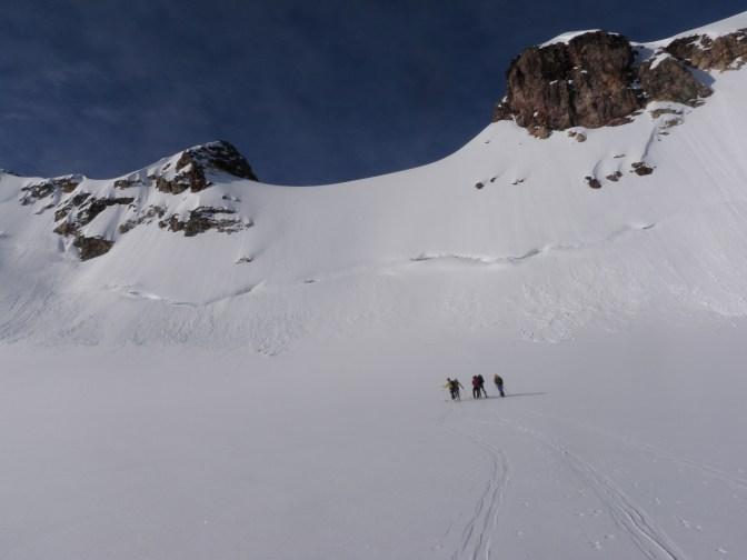 St Julien Peak & Col