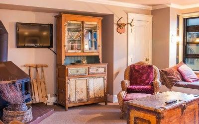 Carleton Lodge 1 Bedroom Unit 306