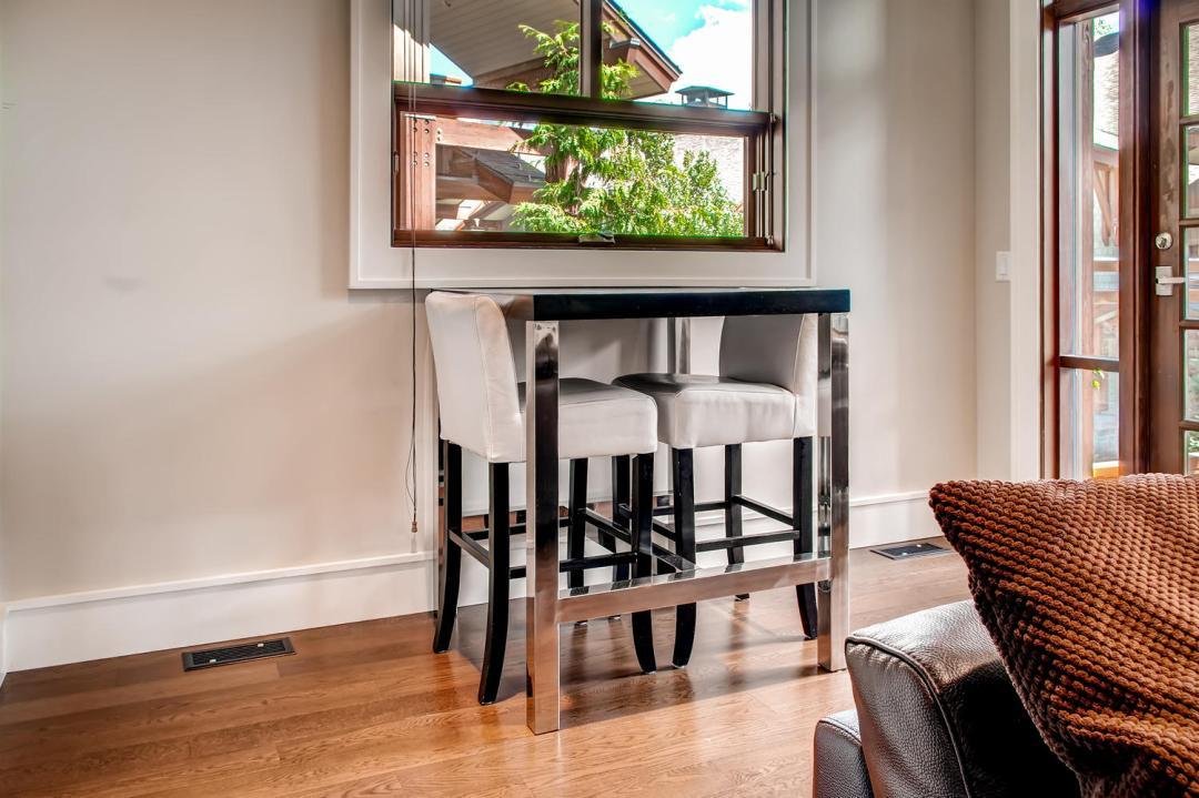 4 Bedroom Fitzsimmons Walk Whistler Luxury Rental (54)