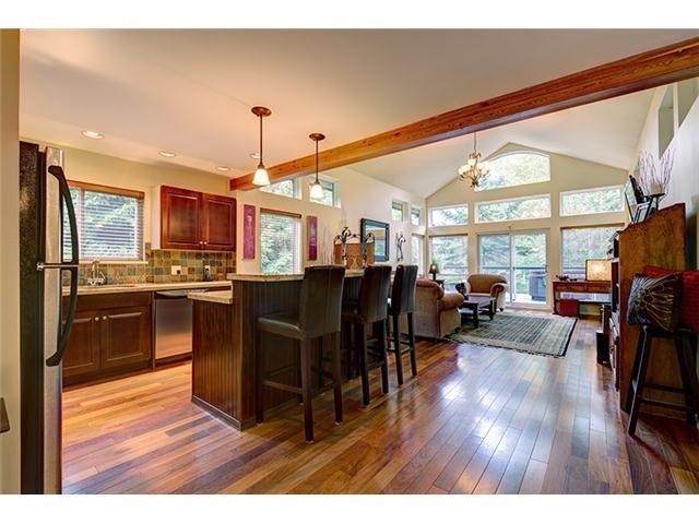 4 Bedroom Long Term Rental Whistler Kitchen