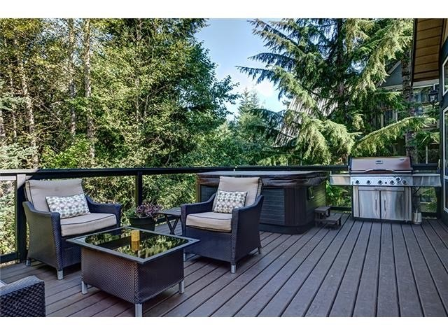 4 Bedroom Long Term Rental Whistler Outdoor Deck