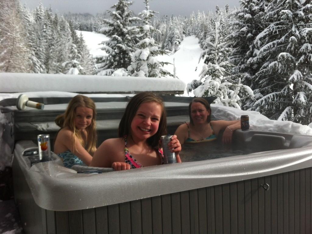 5 Bedroom Snowridge Whistler Ski In Ski Out (1)