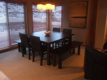 5 Bedroom Whistler Village Accommodation Snowy Creek Droom