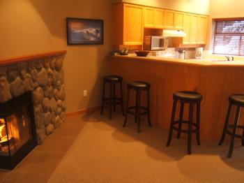 5 Bedroom Whistler Village Accommodation Snowy Creek FP