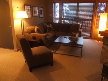 5 Bedroom Whistler Village Accommodation Snowy Creek LRoom
