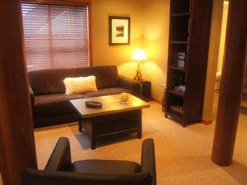 5 Bedroom Whistler Village Accommodation Snowy Creek Lrm