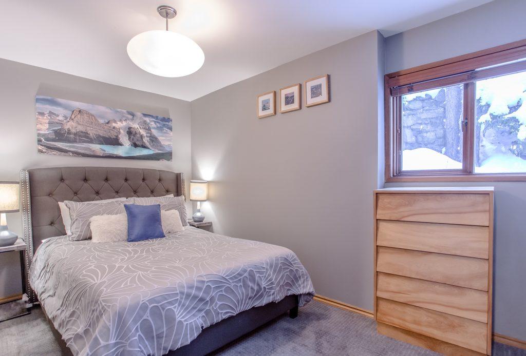 7 Bedroom Whistler Village Home (11)