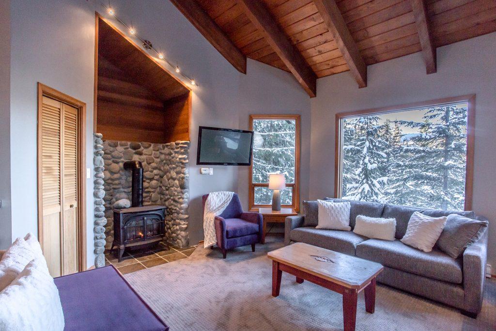 7 Bedroom Whistler Village Home (20)