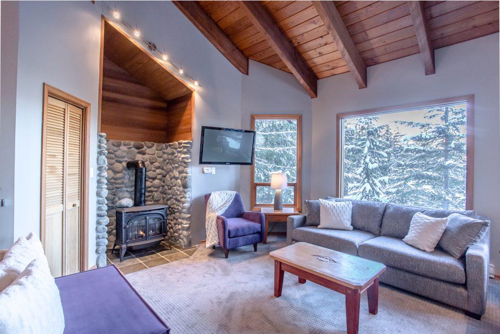 7 Bedroom Whistler Village Home (21)