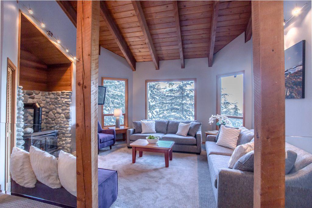 7 Bedroom Whistler Village Home (23)