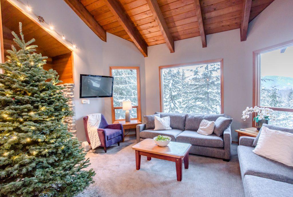 7 Bedroom Whistler Village Home (24)