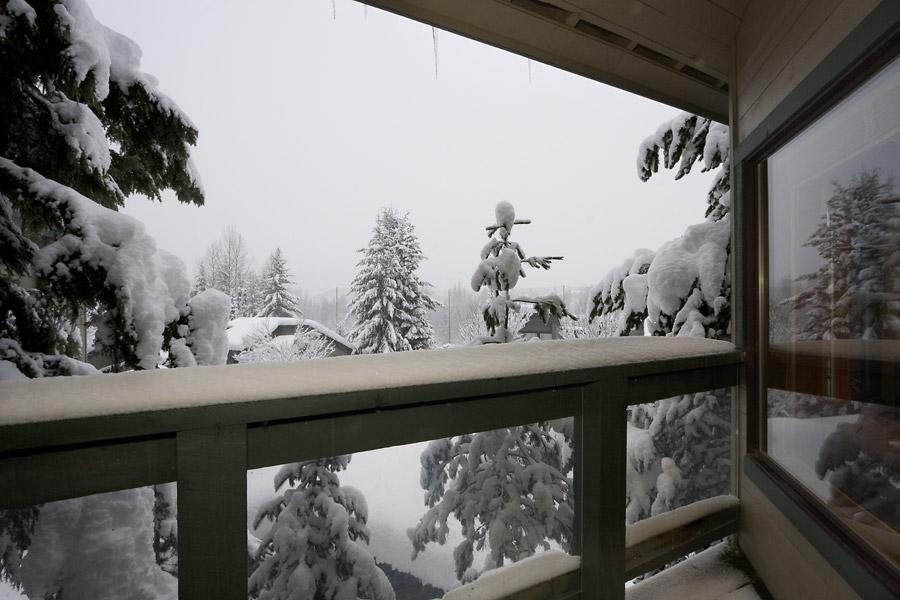 Whistler Village Accommodation - Telemark Deck
