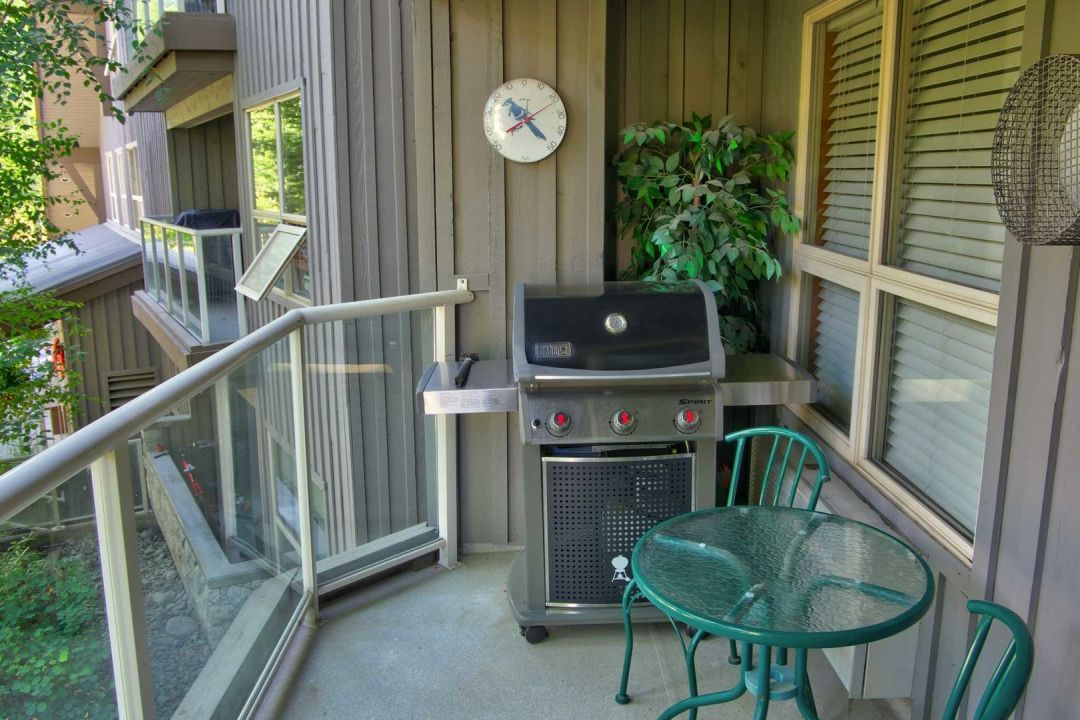 Aspens 1 Bedroom Unit 206 BBQ