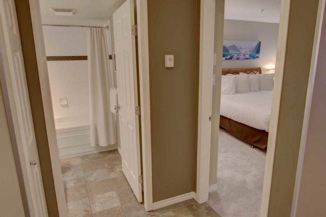 Aspens 1 Bedroom Unit 217 HALL