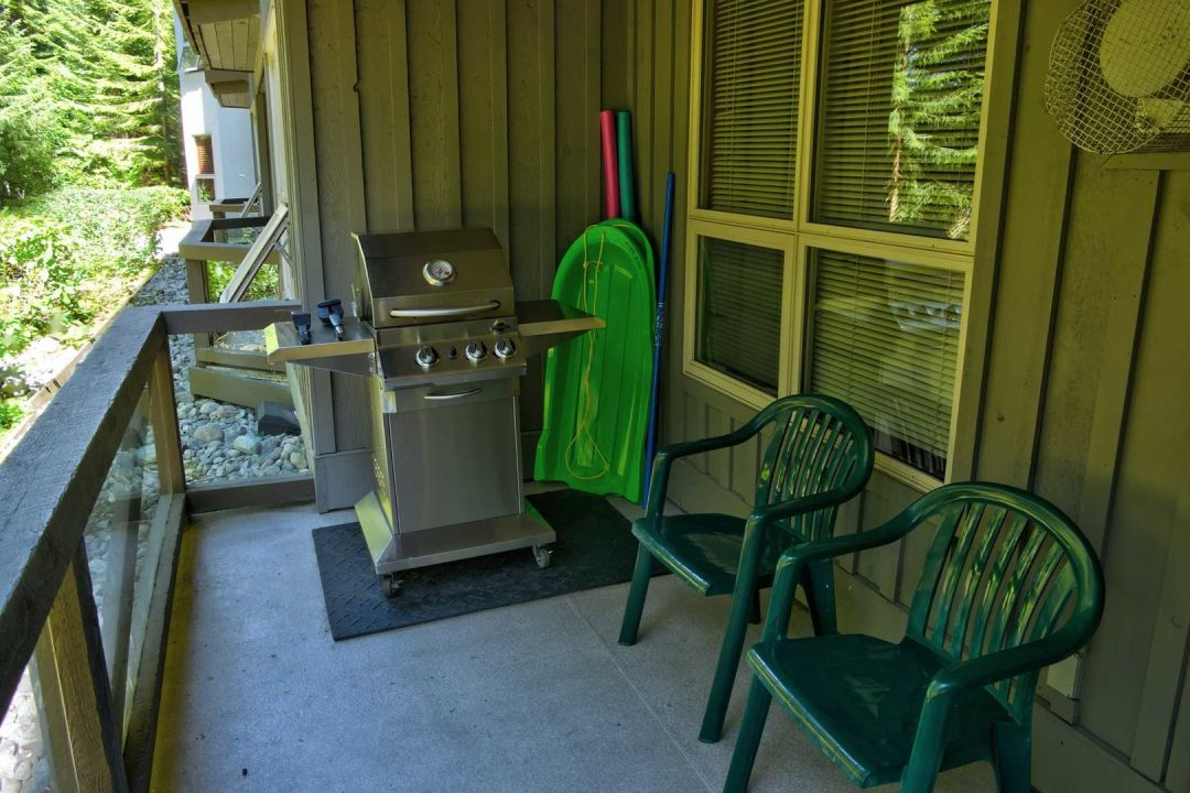 Aspens 2 Bedroom Unit 125 BBQ