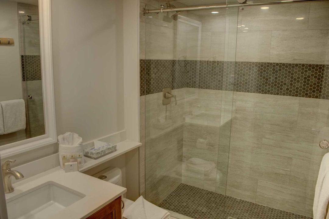 Aspens 2 Bedroom Unit 207 BATH3