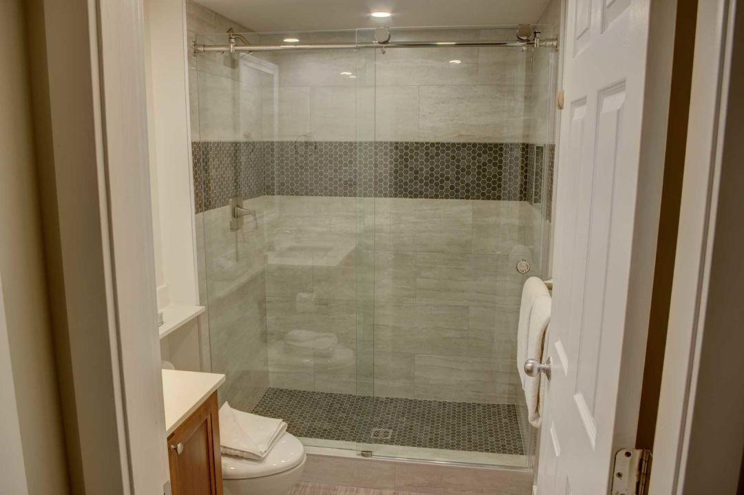 Aspens 2 Bedroom Unit 207 BATH4