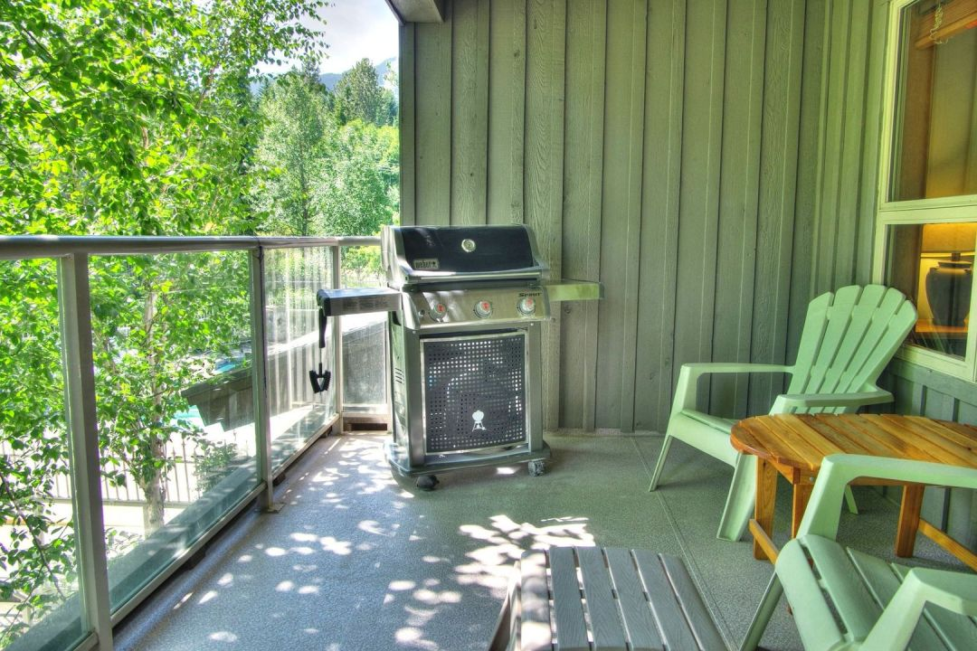Aspens 2 Bedroom Unit 207 BBQ