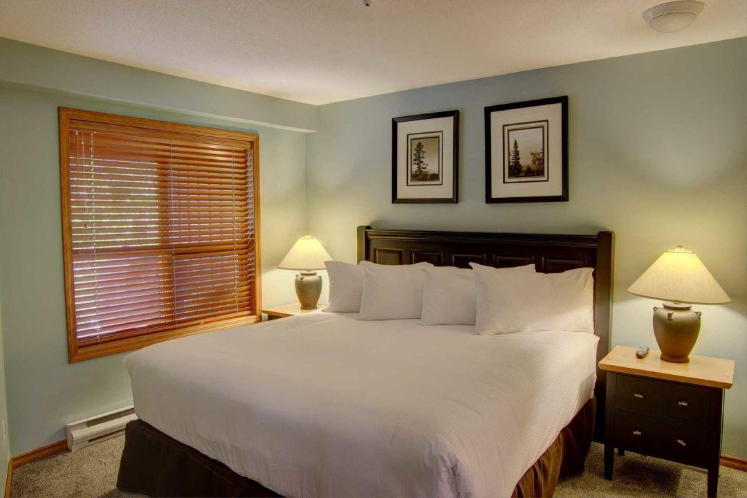 Aspens 2 Bedroom Unit 207 BR