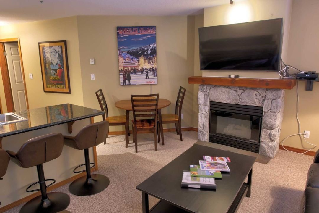 Aspens 2 Bedroom Unit 227 DR