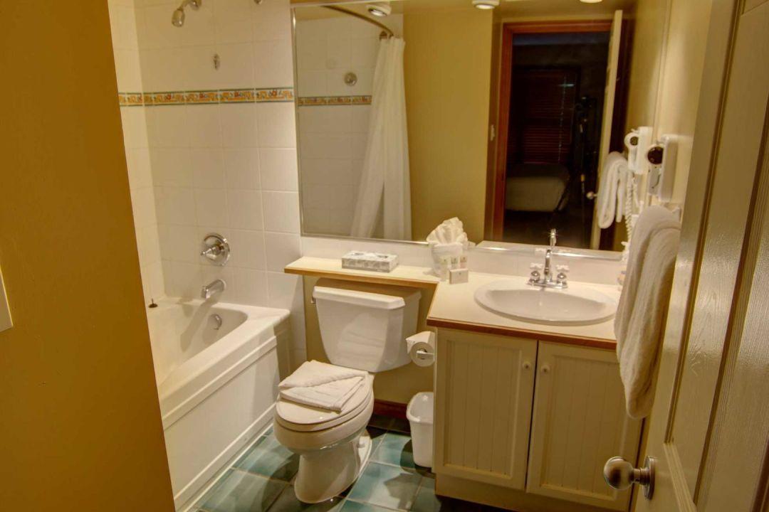 Aspens 2 Bedroom Unit 349 BATH