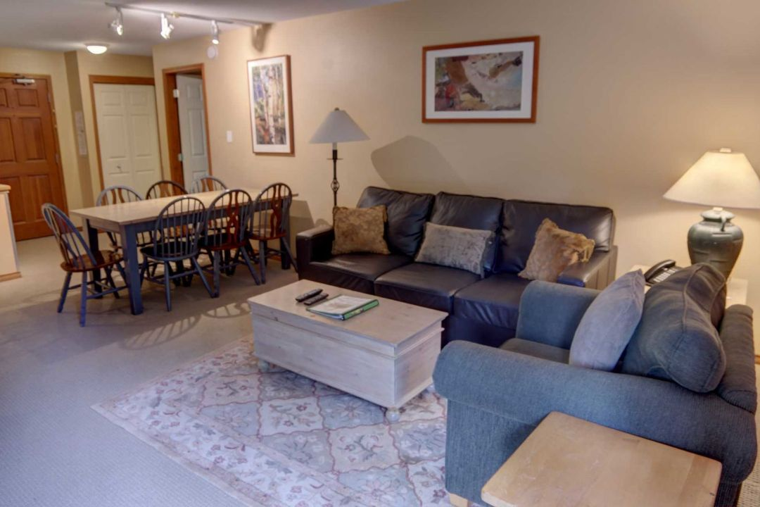 Aspens 2 Bedroom Unit 349 LR4