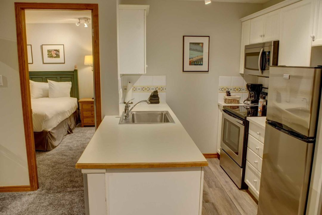 Aspens 2 Bedroom Unit 351 KIT