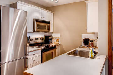 Aspens 2 Bedroom Unit 463 KIT