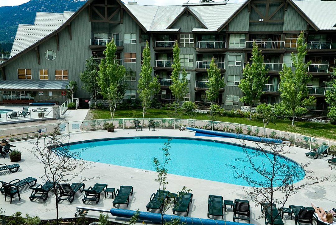 Aspens 2 Bedroom Unit 463 POOL2