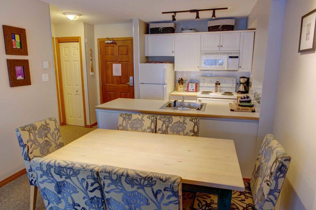 Aspens 1 Bedroom Unit 545 DR3