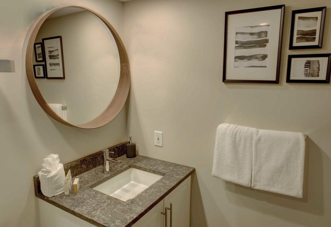 Aspens 2 Bedroom Unit 548 BATH3