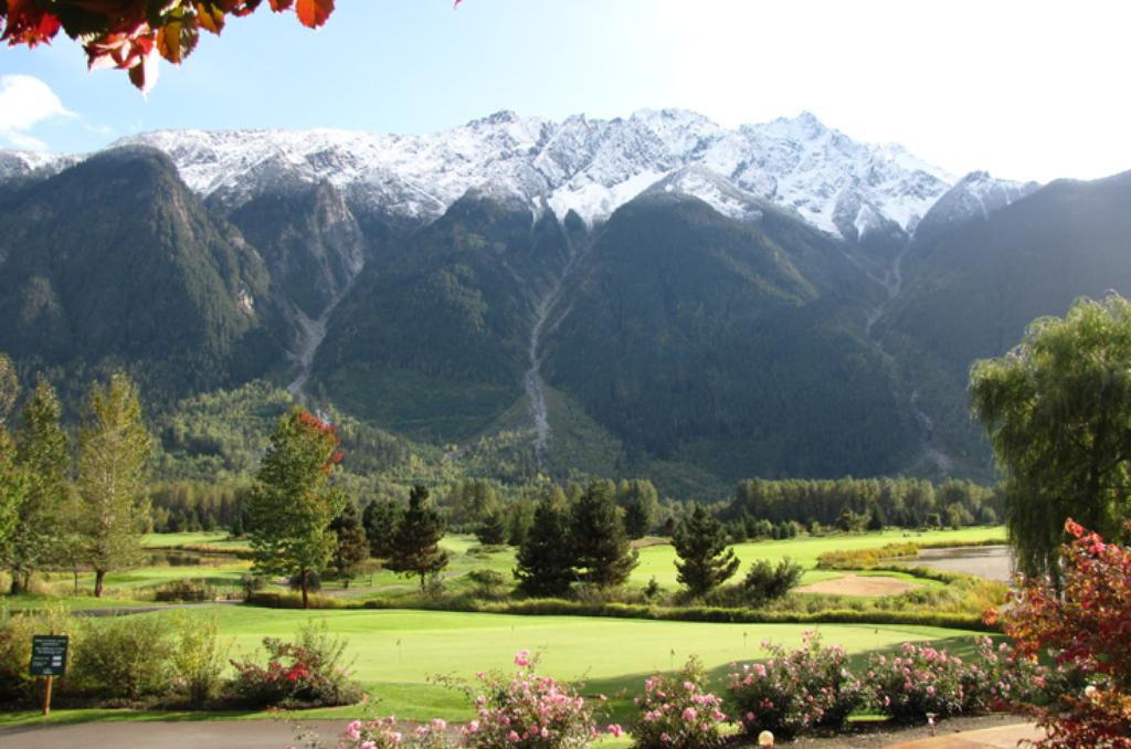 BIg Sky Golf Course Pemberton (3)