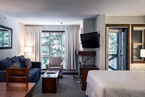Blackcomb Spring Suites Ski In Ski Out Hotel (13)