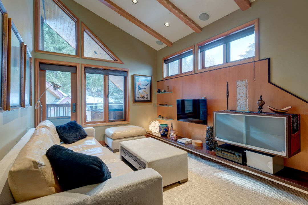 Cedar Hollow Whistler Ski In Ski Out 4 Bedroom Den