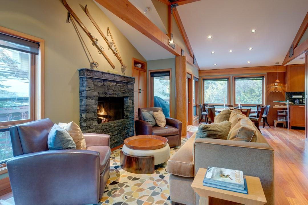 Cedar Hollow Whistler Ski In Ski Out 4 Bedroom Living