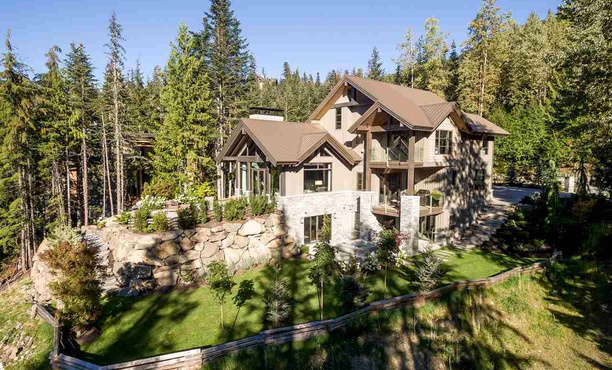 Kadenwood Whistler Rental