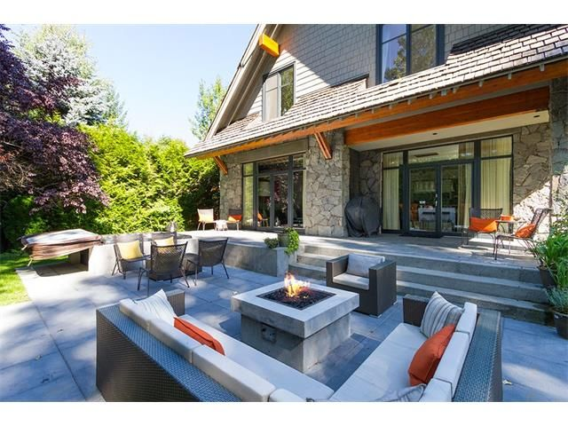 Nicklaus North Luxury Rental Home Whistler (11)