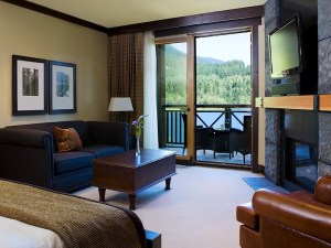 nita-lake-lodge-whistler-hotel-studio-suite