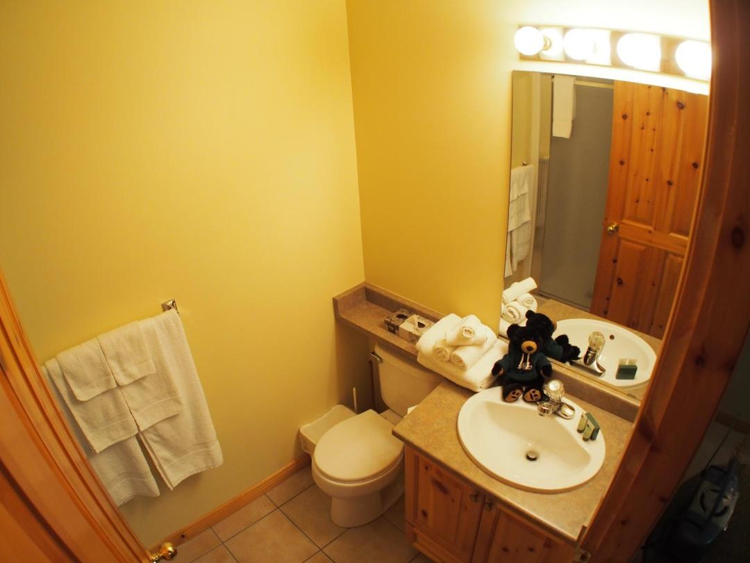 Snow Creek Village 4 Bedroom Unit #9 + Suite Bath