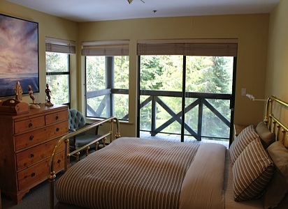 Pinnacle Ridge Whistler Accommodation 6 Bedroom